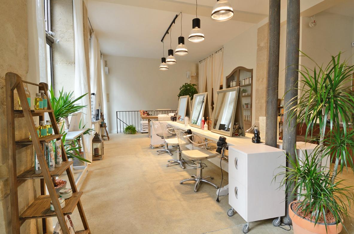 Salon de coiffure jenny et paola paris 5 la decorruptible - Decoration salon de coiffure et d esthetique ...